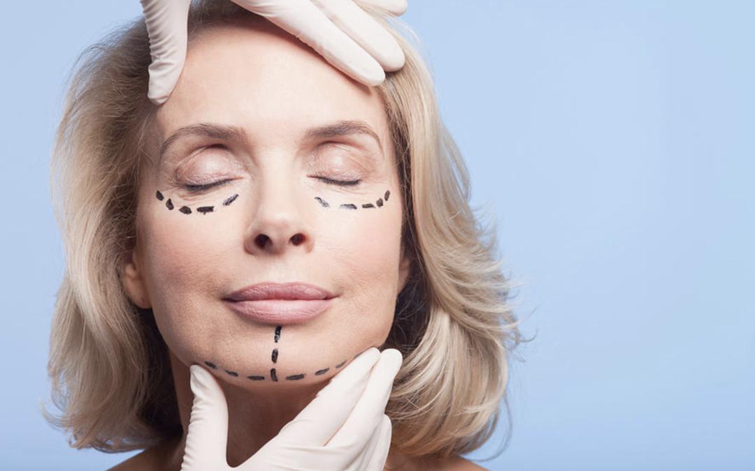 Schönheitsmedizin, Schönheitsklinik, Plastische Chirurgie – was sind die Unterschiede?